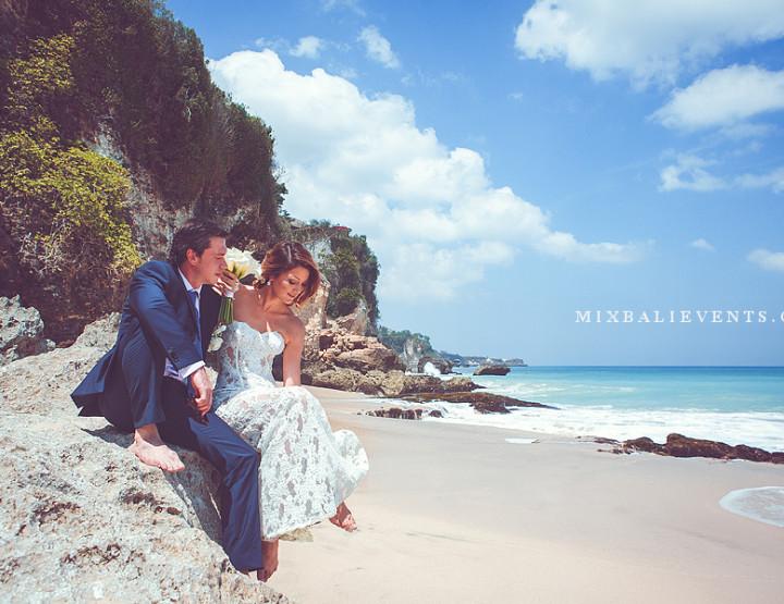 Romantic beach photo shooting