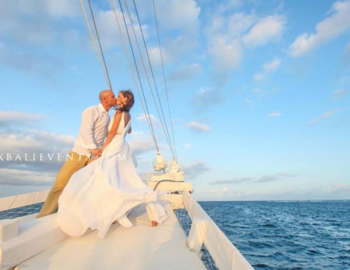 Wedding on the Yacht