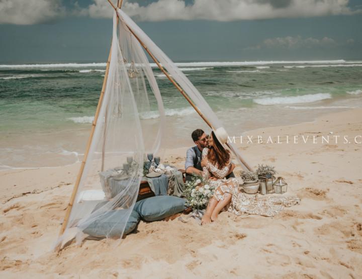 Ocean Wedding in the Vintage Bohemian style
