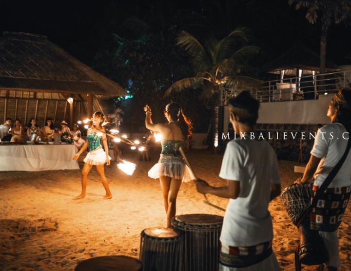 Wedding in Bali. Fire show