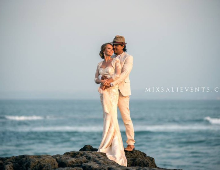 Wedding ceremony in Bali - Rio Sidik and Elizabeth Rozanova. Part 2