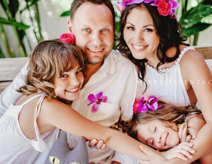 Family photoshoot in Bali