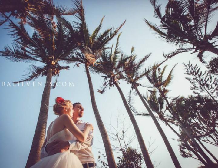 Wedding in Balian beach