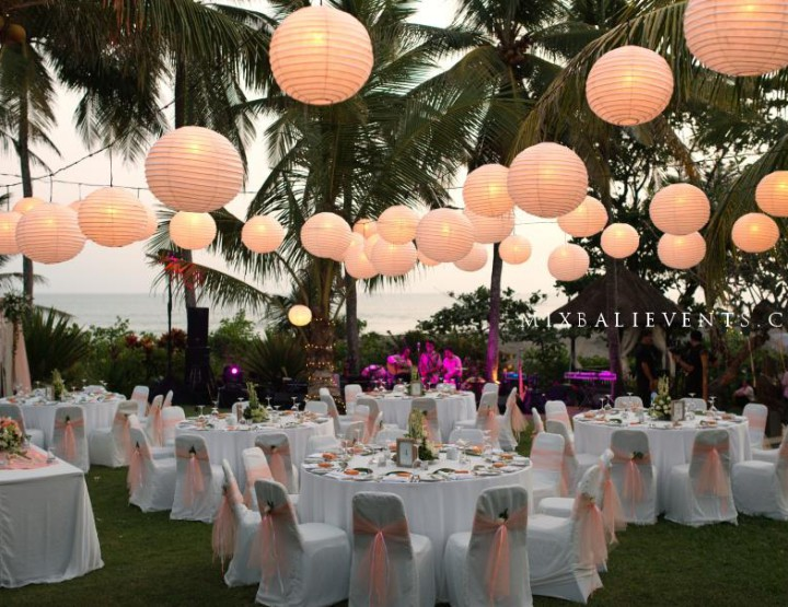 Wedding at the villa by the ocean