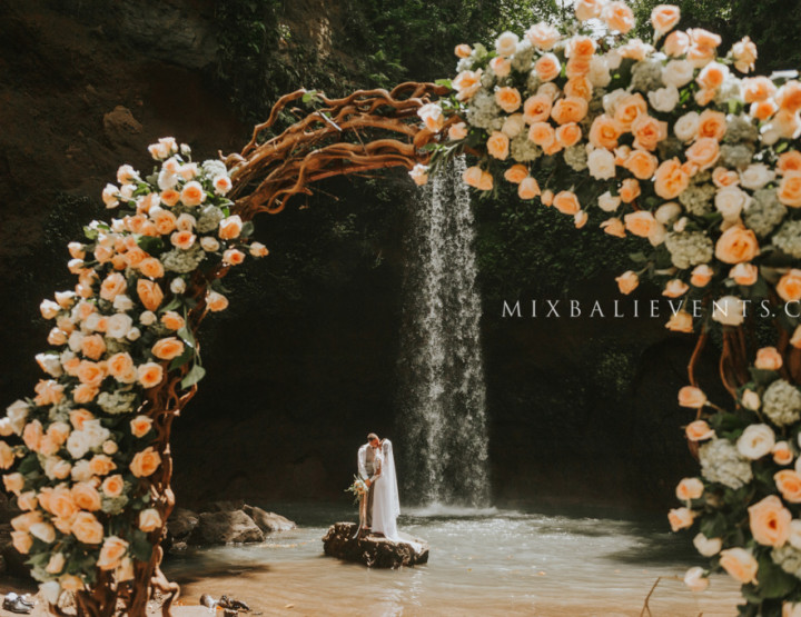 Boho Wedding on the waterfall in the fashionable shades of Blush. Frida and Timothy - in MIX Bali Events