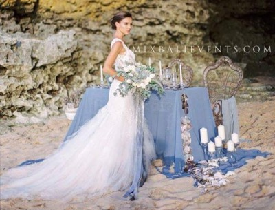 Our beautiful photo session on the white sand beach in gray tones of the Bohemian-Vintage style for the Australian wedding magazine