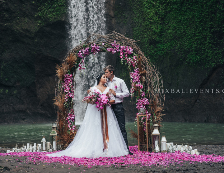 Trend 2018 - Purple Orchid Wedding on the Waterfall in the Tropical Jungle of Bali