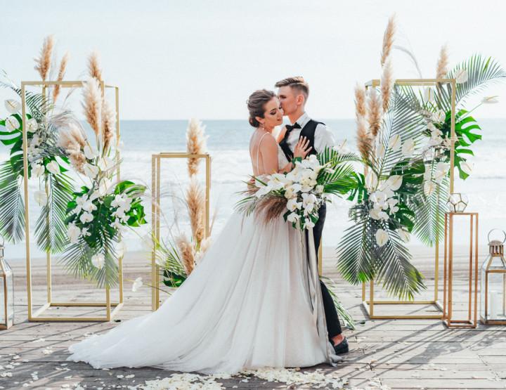 Modern Tropical Gray&Black Wedding — Stylish Wedding at a luxurious Villa on the black lava sand beach